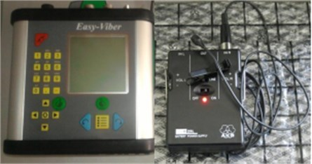 Microphone and signal acquisition unit