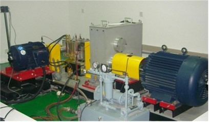 Configuration of the test rig and the sun-gear with tooth root crack