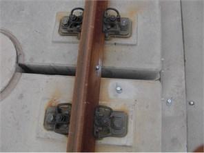 Arrangement of in-situ acceleration sensors