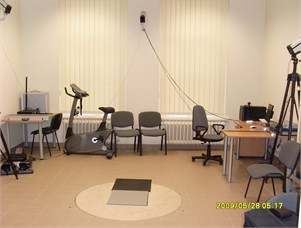 Experimental facilities for the analysis and measurements of movements