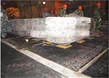 The composite protection system of collapsing vibration of the viaduct
