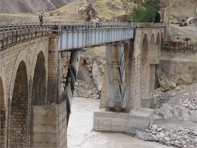 Shazand bridge after two retrofitting