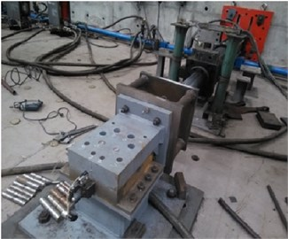 Test setup of shear fracture tests