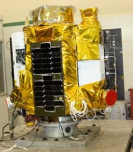 Vibration experiment  of smart video satellite