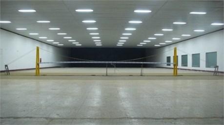 Full aeroelastic model in wind tunnel