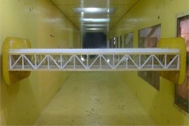 Elastically-mounted sectional model