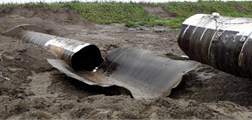 The deformation and damage of steel pipeline at  typical moment and analysis compared with experimental results