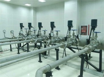 Pipelines and valves