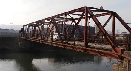The single span truss bridge (Bridge No. 1)
