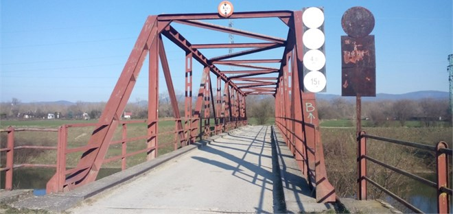 Truss bridge – a view