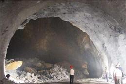 Tunnels destruction cases along railway