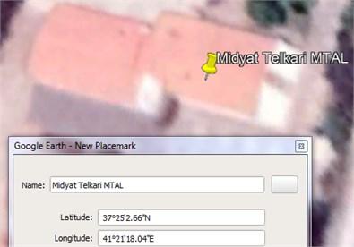 Finding latitude value via Google Earth Pro