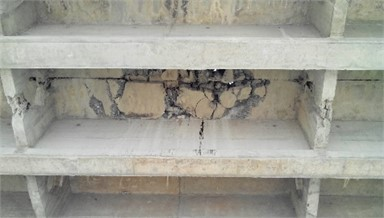 Serious breakage of T beam flange in middle span of 6# span