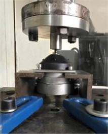 Mechanical performance test platform of vibration isolator